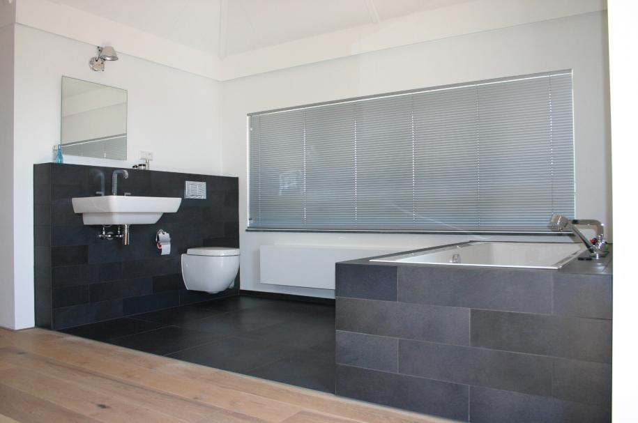 Bouw en Tegelbedrijf van der Ende - Open badkamer